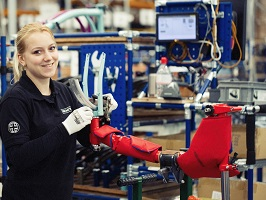 brompton factory tour assembly line